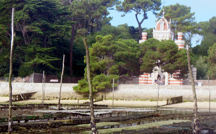 Chapel of the Algerian Villa on the edge of the Arcachon bay
